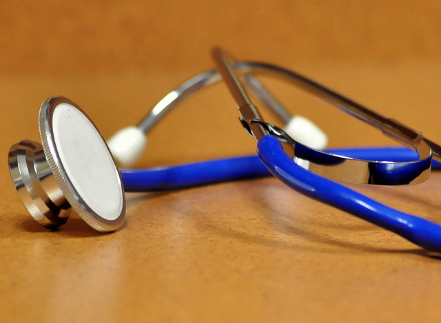 Stethoscope by jasleen_kaur